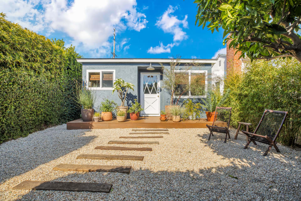 1938 Walgrove Ave preview