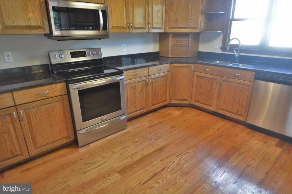 212 Old Landing Ct preview