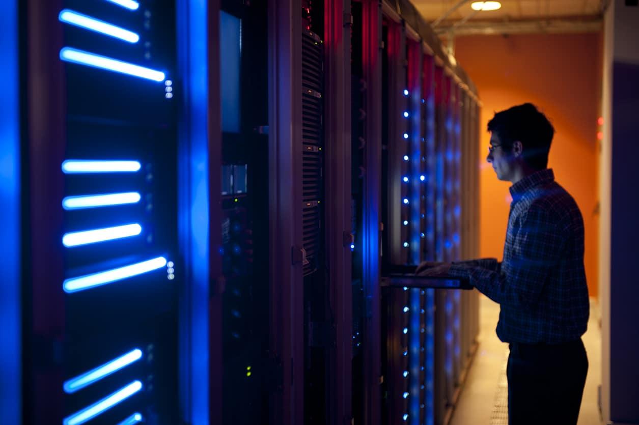 Server admin installing offsite backup server