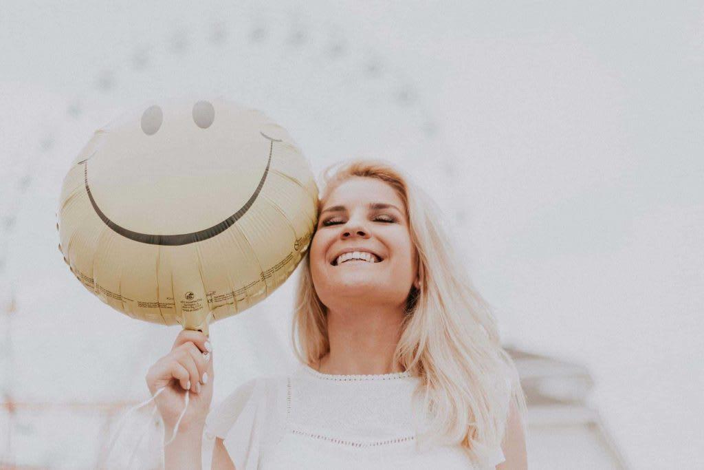 happy customer testimonials make the best brand message content