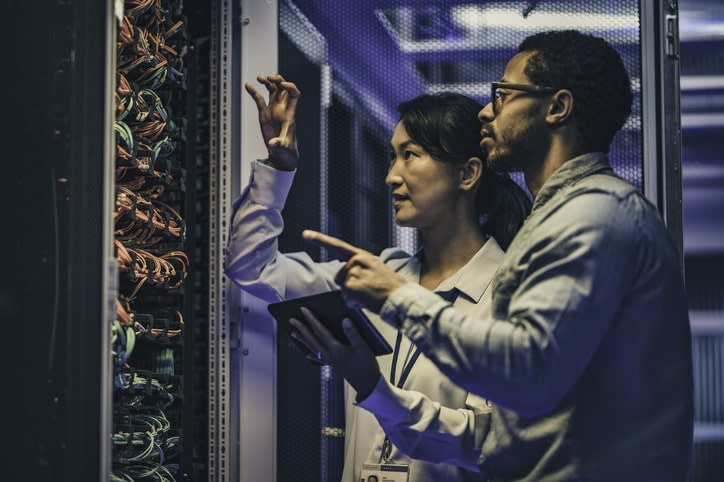 Key differences between managed vs unmanaged dedicated servers