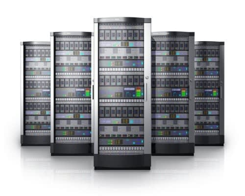 how to choose hardware, software and location for hosting for social networking site