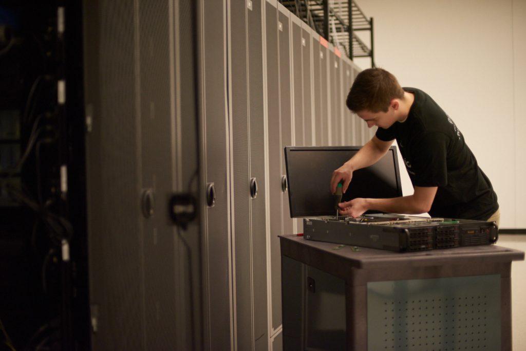 24/7/365 Level 3 Technicians On-site