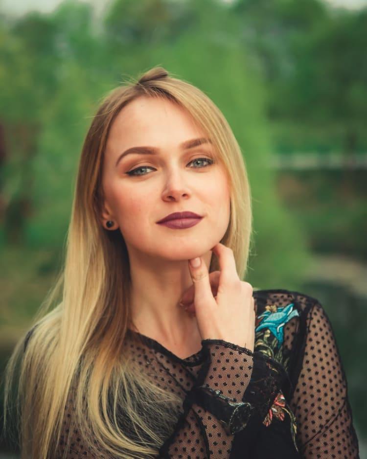 Woman by Andriyko Podilnyk