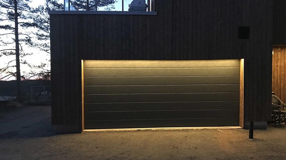 3 måter å belyse en garasjeport