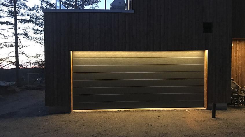 Privat garasje - innfelte LED-striper
