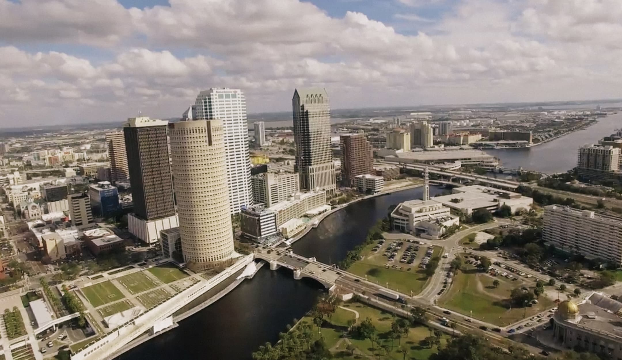 Luxury Apartments For Rent In The City Of Tampa Fl Maa