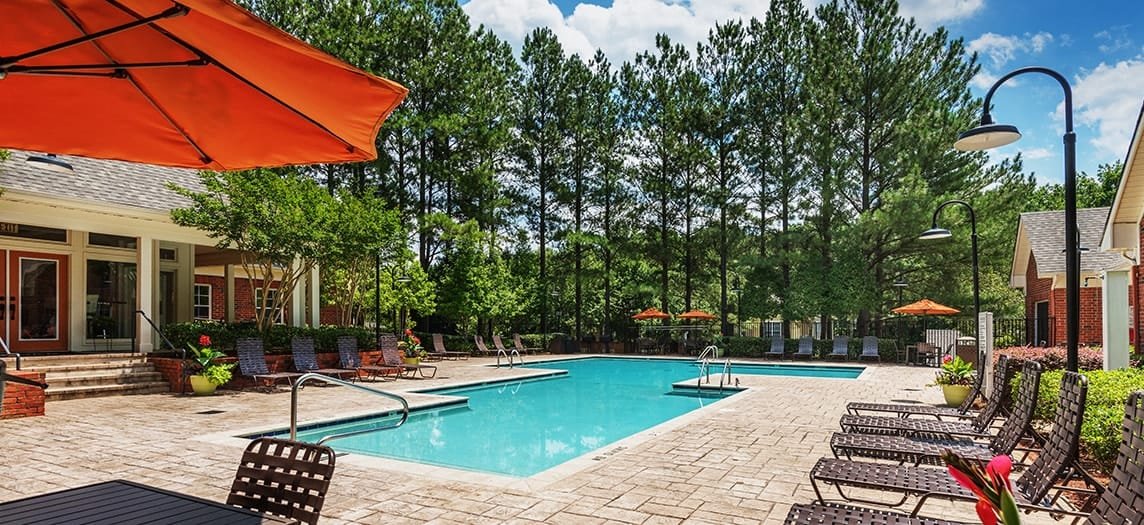 ... Pool At Colonial Grand At Crabtree Luxury Apartment Homes In Raleigh, NC  ...