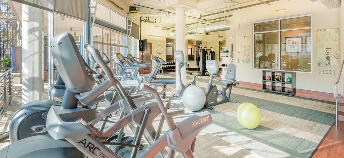 Fitness Center At Colonial Reserve Las Colinas Luxury Apartment Homes In Irving TX Near
