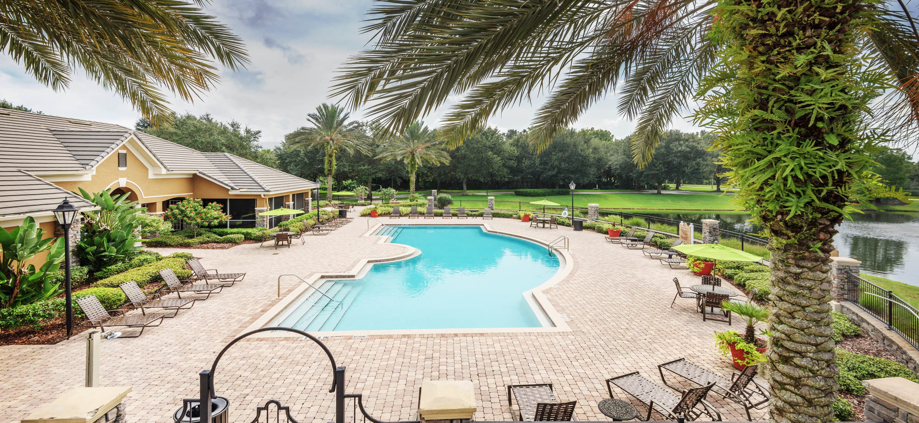 Colonial Grand at Lakewood Ranch |Luxury Apartments for Rent