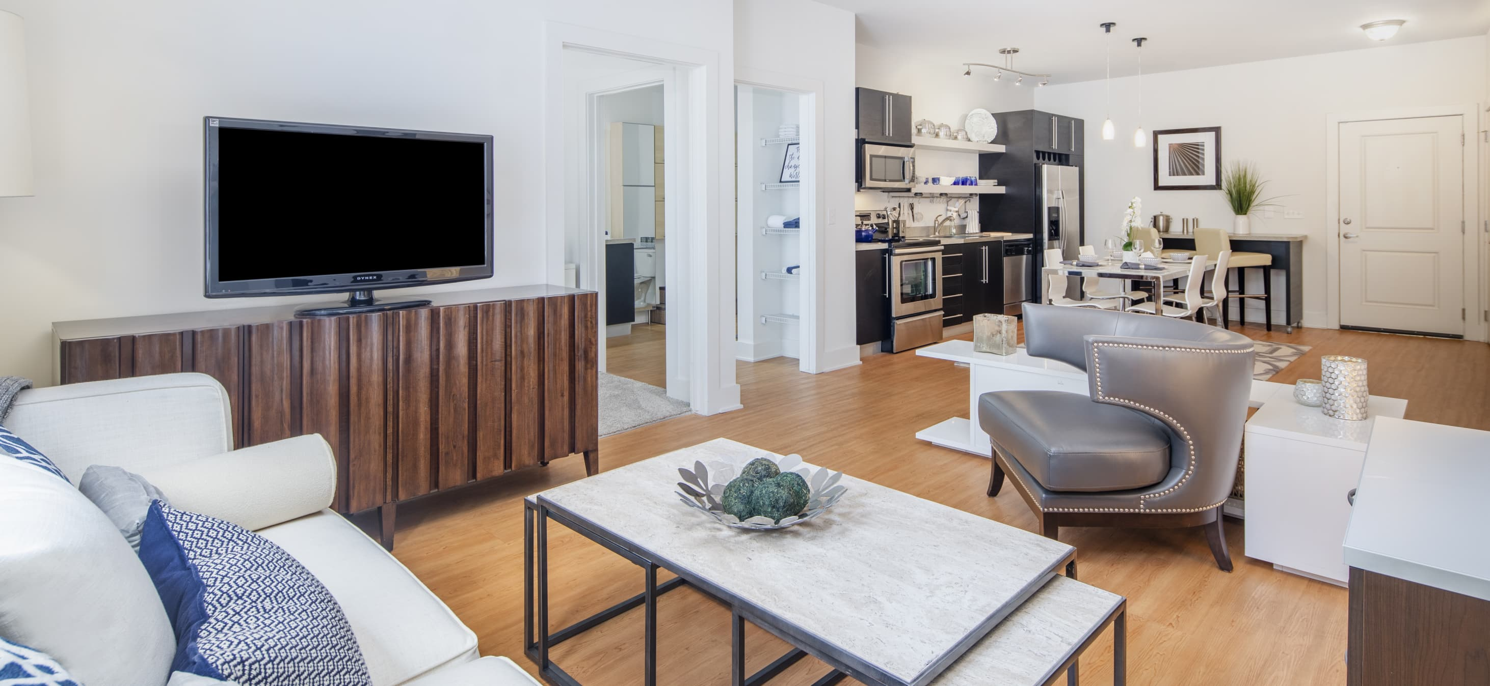 Maa South Line Luxury Apartments For Rent In Charlotte Nc Maa