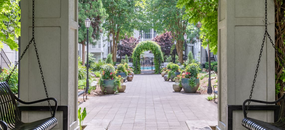 Post Gardens Luxury Apartments In Lenox Park Atlanta Ga Maa