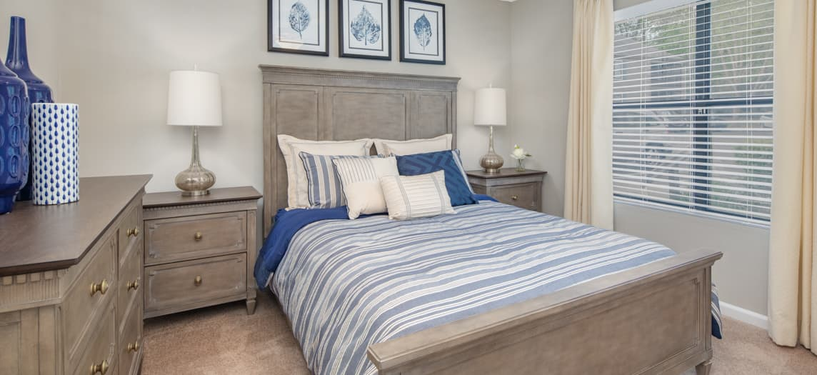 Colonial Village at Waters Edge Luxury Apartments for Rent ...
