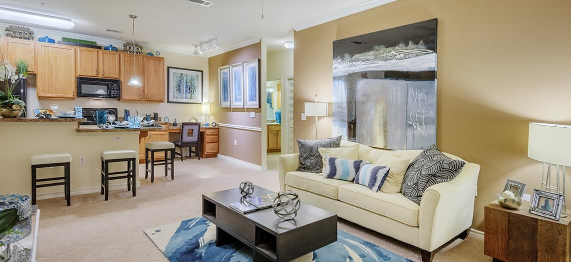 Colonial Grand at Canyon Creek | Luxury Apartments in ...