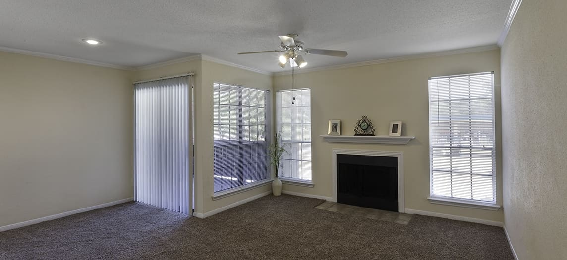 Green Tree Place | Luxury Apartments in The Woodlands, TX | MAA
