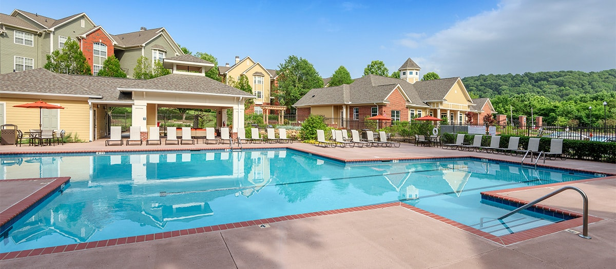 Colonial Grand At Bellevue Luxury Apartments For Rent In Nashville