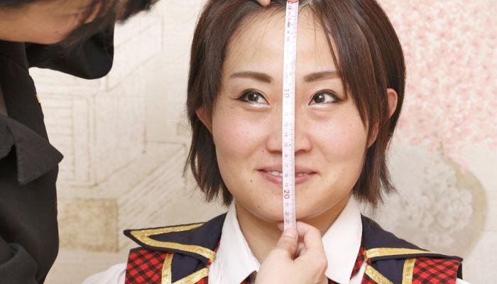 顔 の 大き さ 測る