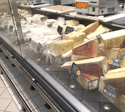 パリのチーズ