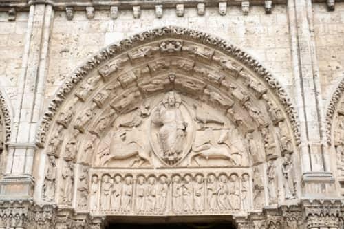 シャルトルのノートルダム大聖堂 王の扉口の彫刻