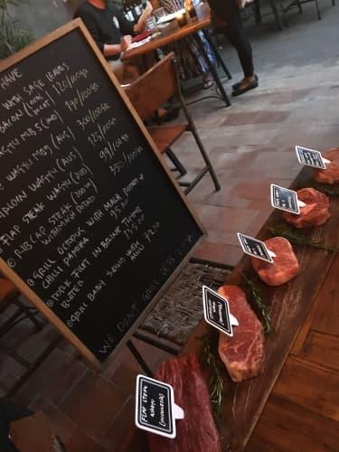 バトゥバラ バリ島 レストラン