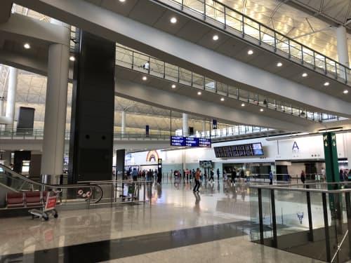 香港とマカオを繋ぐ世界最長の港珠澳大橋 香港側乗り場B4バス