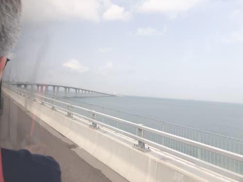 港珠澳大橋シャトルバスからの車窓