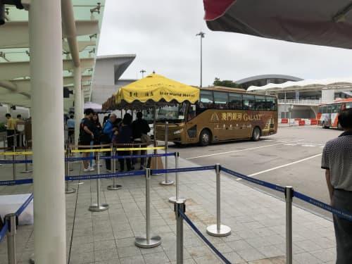 マカオ 「澳門口岸」のバス