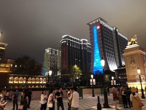 コタイ地区 ライトアップ ホテル