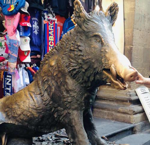 フィレンツェ ポルチェッリーノの噴水(幸運の猪)