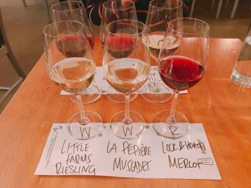 バンクーバーのSalt Tasting Roomのワイン飲み比べ