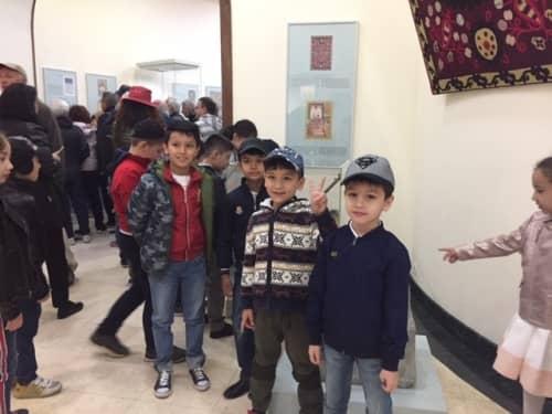 ウズベキスタンの子どもたち