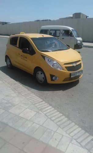ウズベキスタンのタクシー
