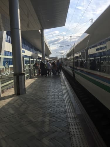 ウズベキスタンのタシケント駅