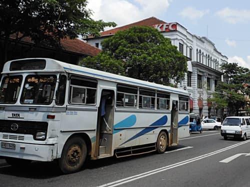 スリランカの風景 バス