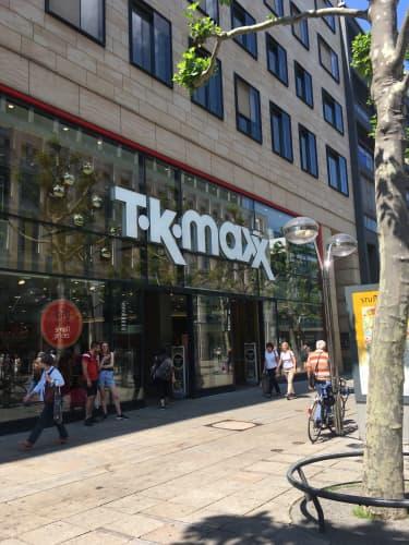 ドイツのコスメショップ・T.K.max