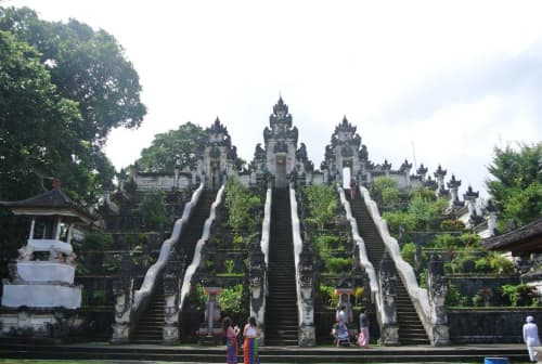 バリ島・天空の寺院ランプヤン