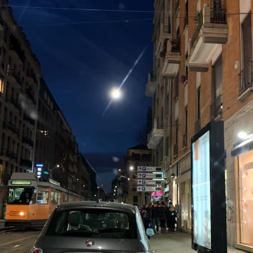 コルソポルタロマーナ通り ミラノの夜景