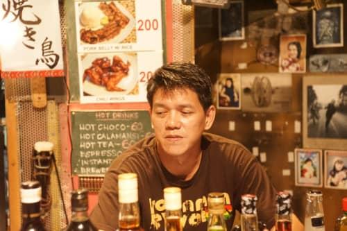 セブ島のトップスヒルの酒場