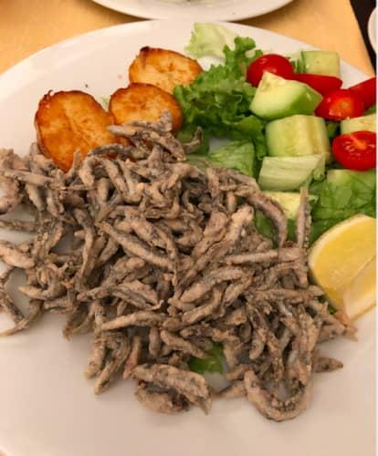 クロアチア・ドゥブロヴニク レストラン Dondu Maroje 小魚のフリット