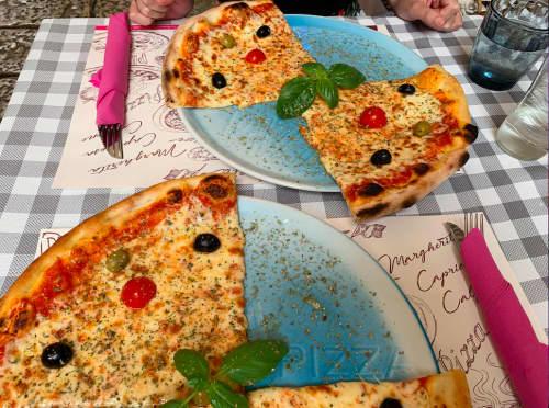 クロアチア・ドゥブロヴニク レストラン Mae Culpa ピザ