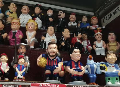 バルセロナの大便人形カガネ