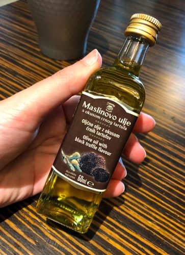 クロアチア トリュフ風味のオリーブオイル