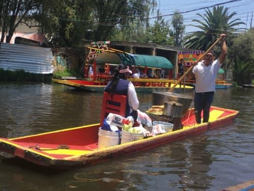 メキシコシティ ソチミルコ トラヒネラ