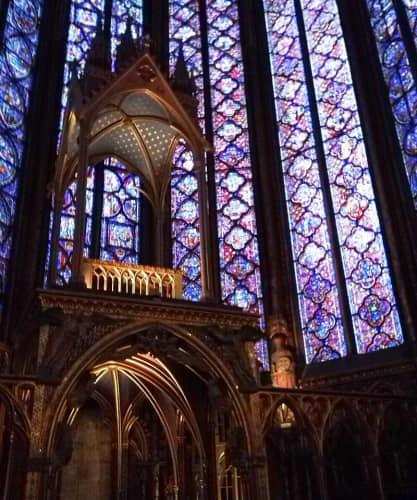 フランス ノートルダム大聖堂 ステンドグラス