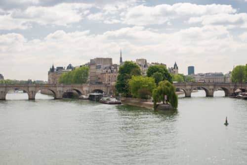 パリ シテ島観光 ヴェールギャラン公園とポンヌフ橋