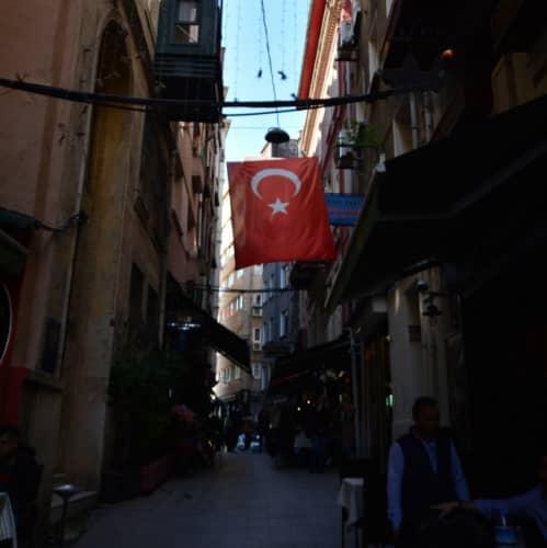 トルコ 治安事情 イスタンブールの絨毯詐欺