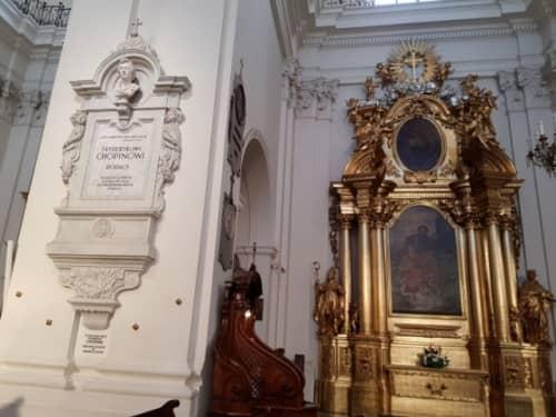 ワルシャワ 聖十字架教会