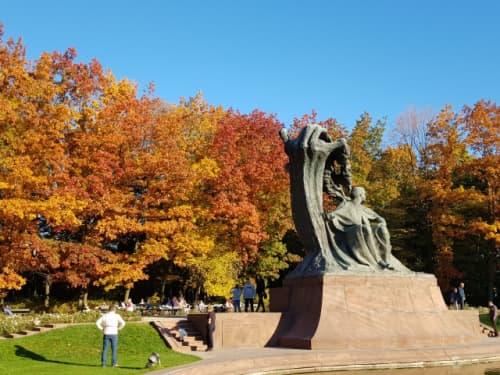 ワルシャワ ワジェンキ公園