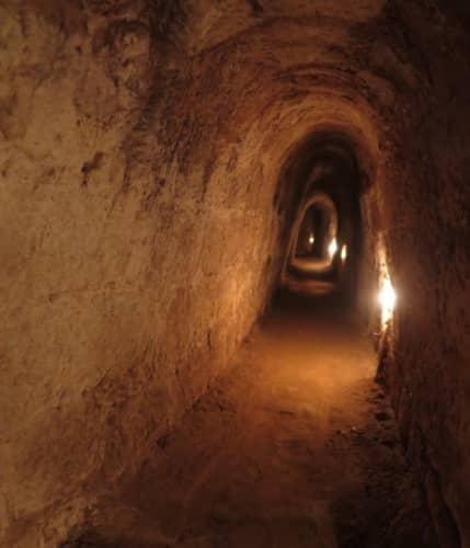 ホーチミン クチトンネル