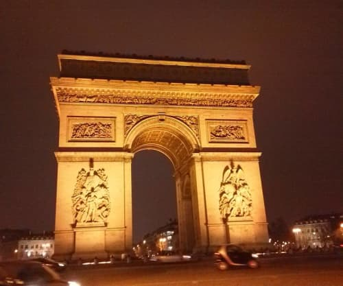 フランス ライトアップされた凱旋門